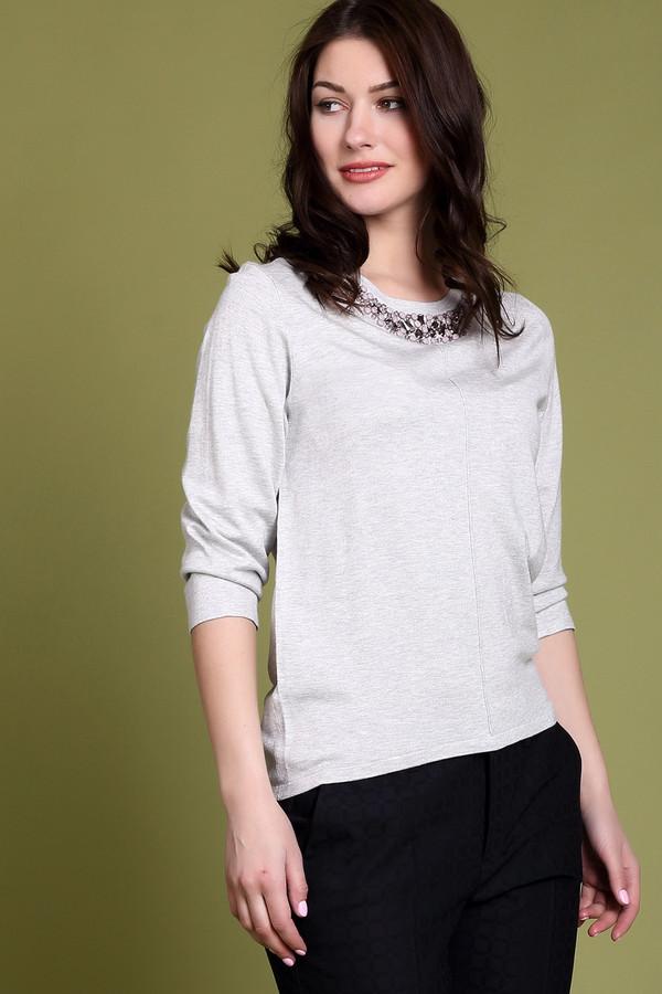 Пуловер PezzoПуловеры<br><br><br>Размер RU: 46<br>Пол: Женский<br>Возраст: Взрослый<br>Материал: полиамид 19%, вискоза 81%<br>Цвет: Серый