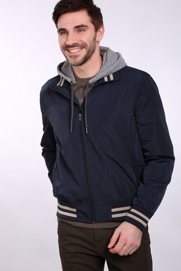 Куртка PezzoКуртки<br><br><br>Размер RU: 50<br>Пол: Мужской<br>Возраст: Взрослый<br>Материал: полиэстер 100%, Состав_подкладка полиэстер 100%<br>Цвет: Бежевый