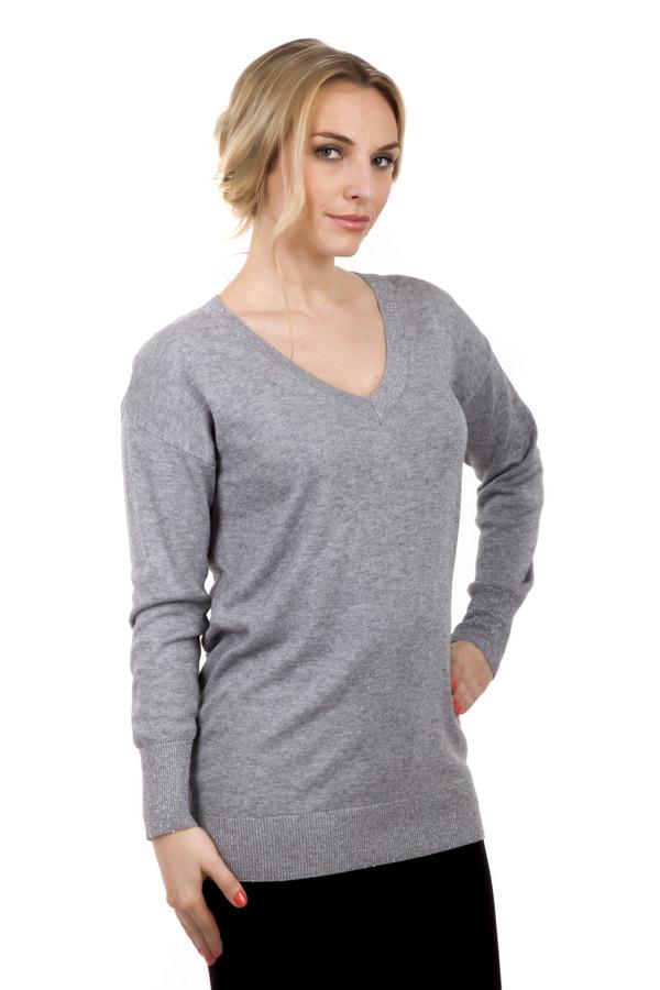 Пуловер Via AppiaПуловеры<br>Пуловер Via Appia серого цвета, выполненный из натуральных материалов. Подходит для ношения в любое время года. Идеально вписывается в деловой стиль благодаря своей цветовой гамме. На задней части пуловера, в районе горловины расположено металлическое украшение в виде звезды. Благодаря удачному крою одежда выгодно подчеркивает достоинства вашей фигуры.<br><br>Размер RU: 50<br>Пол: Женский<br>Возраст: Взрослый<br>Материал: хлопок 30%, вискоза 49%, шерсть 17%, металл 4%<br>Цвет: Серый