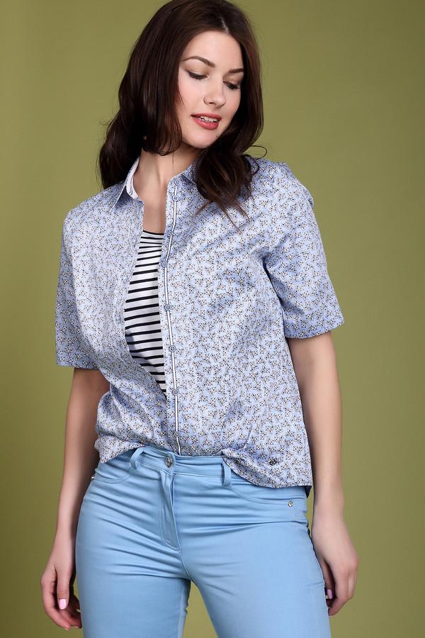 Блузa ErfoБлузы<br>Блуза голубого цвета фирмы Erfo. Ткань состоит из 100% хлопка. Модель выполнена прямым покроем. Блуза дополнена откладным воротничком на стойке с застежкой на пуговицы, короткими втачными, рукавами. Низ блузы подшит полукругом. Блузы такого фасона прекрасное дополнение к любым деталям вашего образа. Голубая гамма этого изделия выделит вас из общей массы вашего окружения.<br><br>Размер RU: 46<br>Пол: Женский<br>Возраст: Взрослый<br>Материал: хлопок 100%<br>Цвет: Голубой