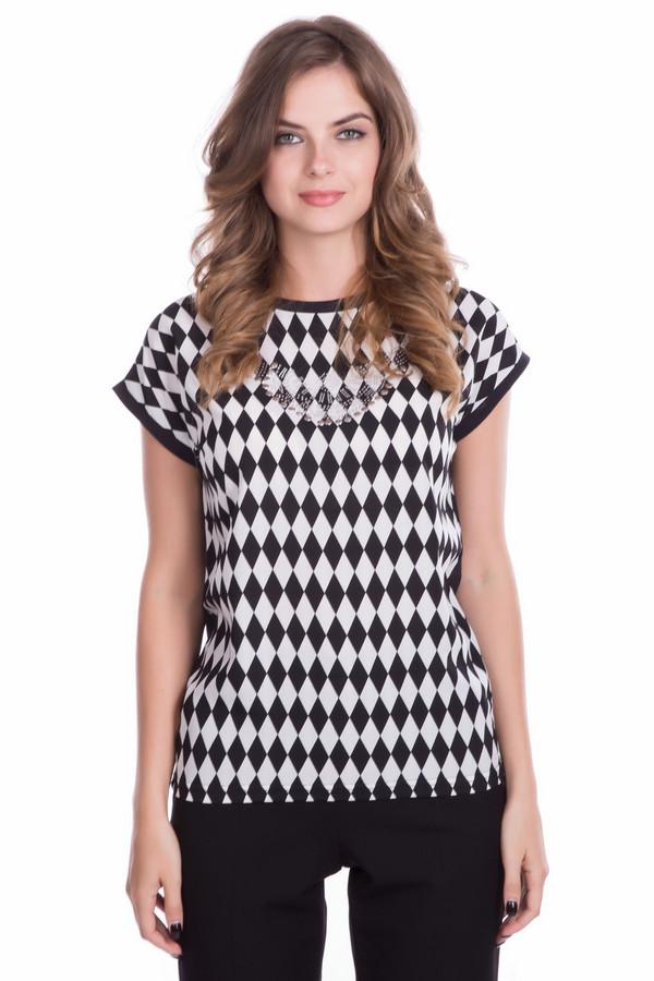 Футболка PezzoФутболки<br>Черно-белая женская футболка Pezzo прямого кроя с геометрическим принтом. Изделие дополнено: круглым вырезом и короткими рукавами. Зона декольте оформлена клепками и стразами.<br><br>Размер RU: 44<br>Пол: Женский<br>Возраст: Взрослый<br>Материал: хлопок 100%, полиэстер 100%<br>Цвет: Разноцветный