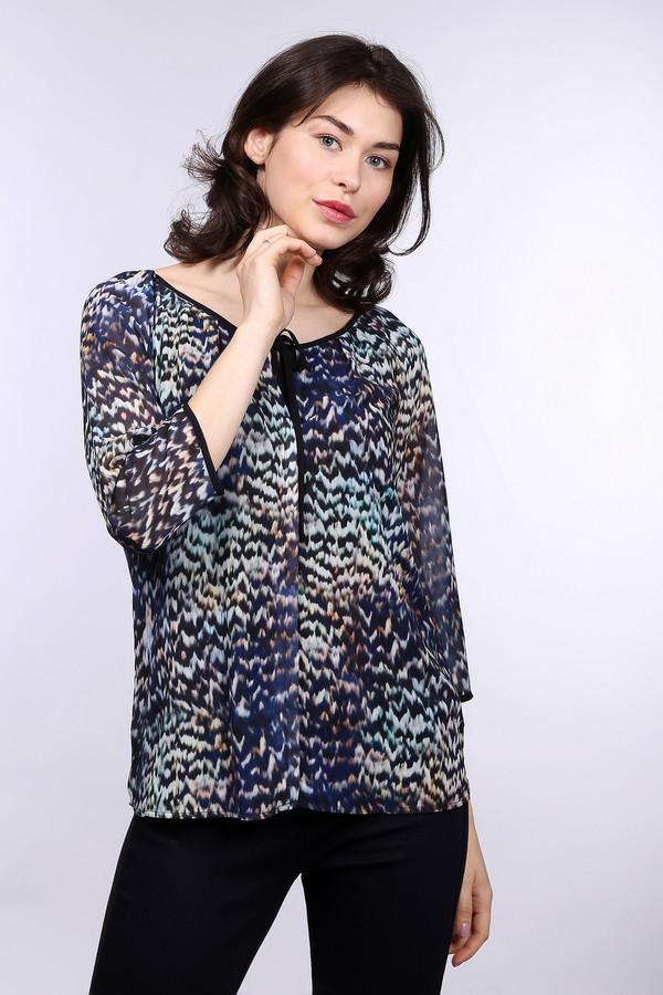 Блузa CommaБлузы<br>Разноцветная женственная блуза от бренда Comma прямого кроя. Изделие дополнено: вырезом лодочка с завязками, рукавами 3/4 и удлиненной спинкой. Блуза выполнена из невероятной легкой ткани приятной на ощупь.<br><br>Размер RU: 48<br>Пол: Женский<br>Возраст: Взрослый<br>Материал: полиэстер 100%<br>Цвет: Разноцветный