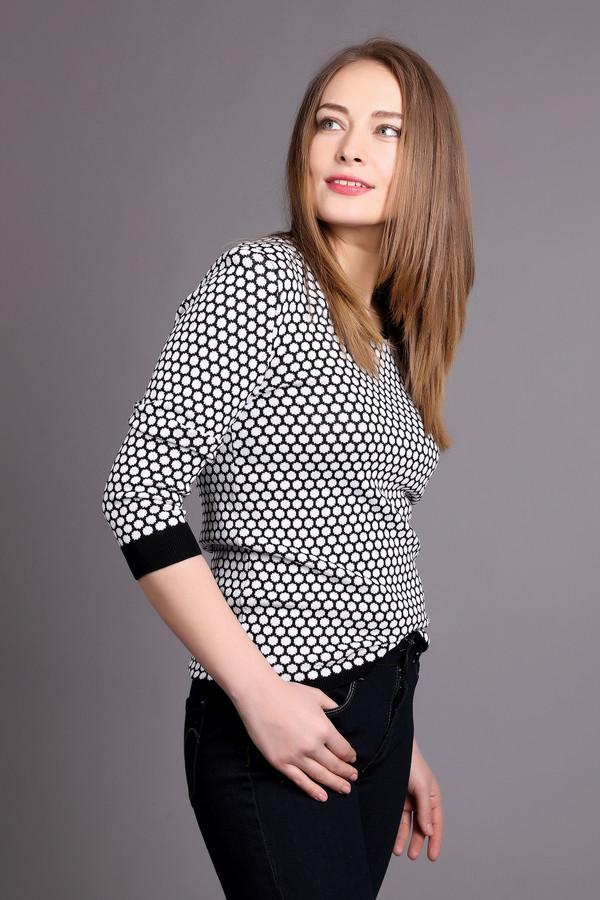 Пуловер Just ValeriПуловеры<br><br><br>Размер RU: 42<br>Пол: Женский<br>Возраст: Взрослый<br>Материал: вискоза 65%, нейлон 35%<br>Цвет: Белый