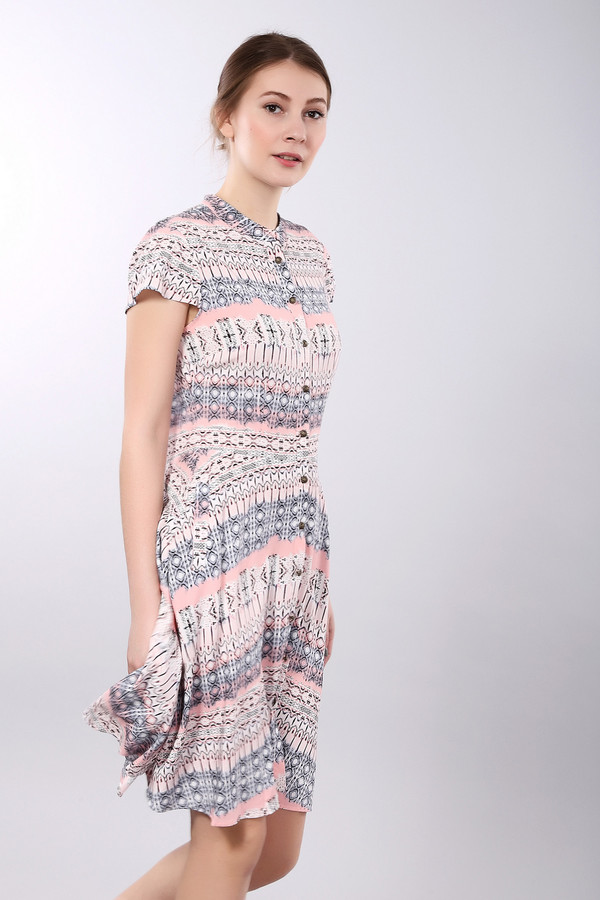 Платье PezzoПлатья<br><br><br>Размер RU: 52<br>Пол: Женский<br>Возраст: Взрослый<br>Материал: вискоза 100%<br>Цвет: Разноцветный