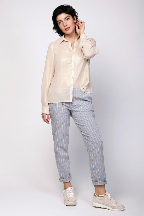 Брюки CinqueБрюки<br>Брюки женские серые цвета фирмы Cinque. Модель выполнена прямым покроем. Изделие дополнено поясом с эластичной лентой, застежка боковая молния, боковыми карманами, задними, прорезными карманами с листочками. Состав ткани: 2% эластана, 16% вискоза, 38% полиэстера, 44% лен. Гармонировать можно с различными блузами, футболками, пуловерами.