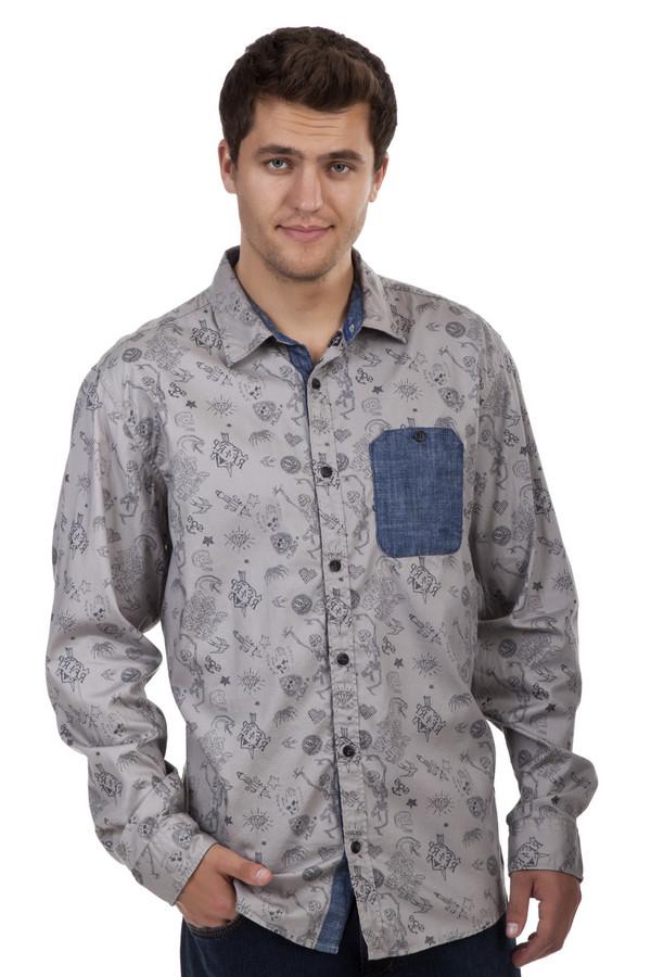 Рубашка с длинным рукавом s.OliverДлинный рукав<br>Серая рубашка от бренда s.Oliver прямого кроя выполнена из натурального хлопкового материала. Изделие выполнено: отложным воротником, нагрудным карманом, втачными рукавами с манжетами на пуговицах. Центральная часть застегивается на планку с пуговицами. Ворот, планка и карман оформлены тесно-синем денимом. Рубашка декорирована разнообразными рисунками и надписями.<br><br>Размер RU: 46-48<br>Пол: Мужской<br>Возраст: Взрослый<br>Материал: хлопок 100%<br>Цвет: Серый