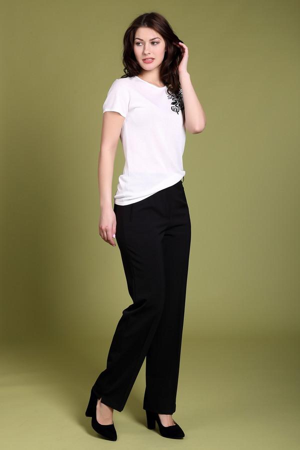 Брюки GardeurБрюки<br>Строгие черные брюки от бренда Gardeur прямого кроя. Изделие дополнено: эластичным поясом с шлевками под ремень, стрелками, выточками, двумя боковыми карманами на молнии и одним прорезным карманом сзади. Центральная часть застегивается на молнию и фиксируется пуговицу.<br><br>Размер RU: 44<br>Пол: Женский<br>Возраст: Взрослый<br>Материал: эластан 5%, полиэстер 52%, шерсть 43%<br>Цвет: Чёрный