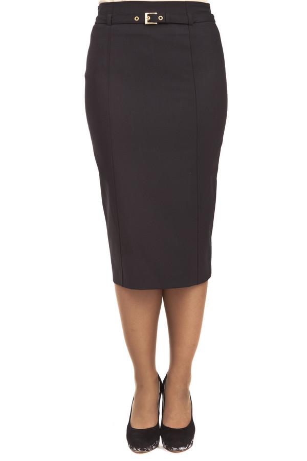 Юбка GardeurЮбки<br>Юбка-миди от бренда Gardeur прилегающего кроя представлена в классическом черном цвете. Изделие дополнено: шлевками, вытачками, застежкой-молния на спинке и шлицем. Юбка декорирована тонким тканным ремешком на талии.<br><br>Размер RU: 44<br>Пол: Женский<br>Возраст: Взрослый<br>Материал: эластан 5%, полиэстер 52%, шерсть 43%<br>Цвет: Чёрный