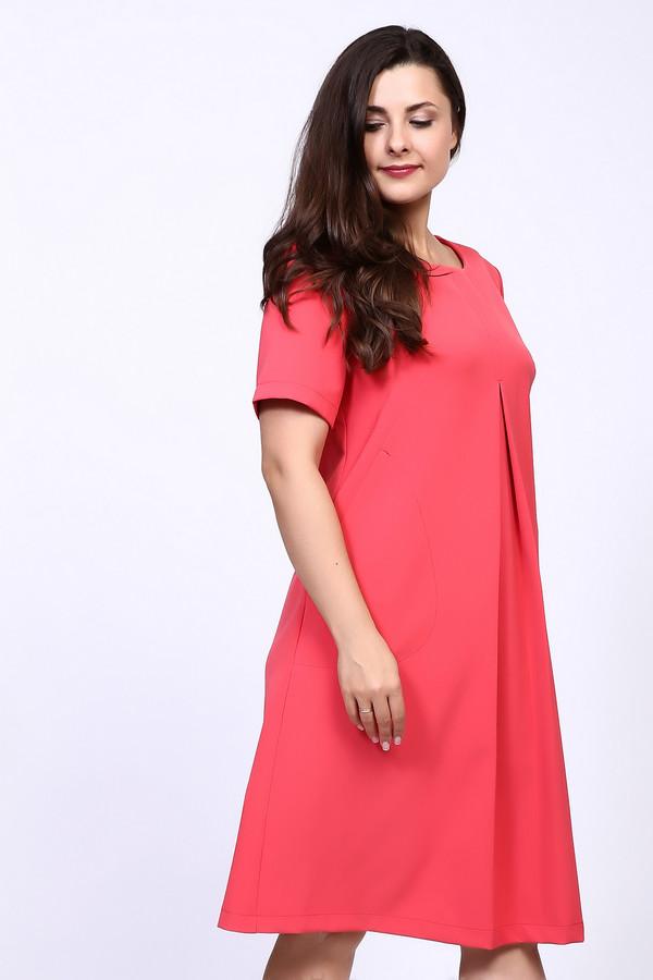 Платье MiltonПлатья<br><br><br>Размер RU: 52<br>Пол: Женский<br>Возраст: Взрослый<br>Материал: полиэстер 95%, спандекс 5%<br>Цвет: Розовый