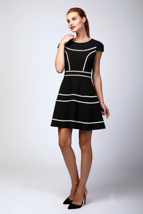 Платье MiltonПлатья<br><br><br>Размер RU: 44<br>Пол: Женский<br>Возраст: Взрослый<br>Материал: полиэстер 100%<br>Цвет: Чёрный