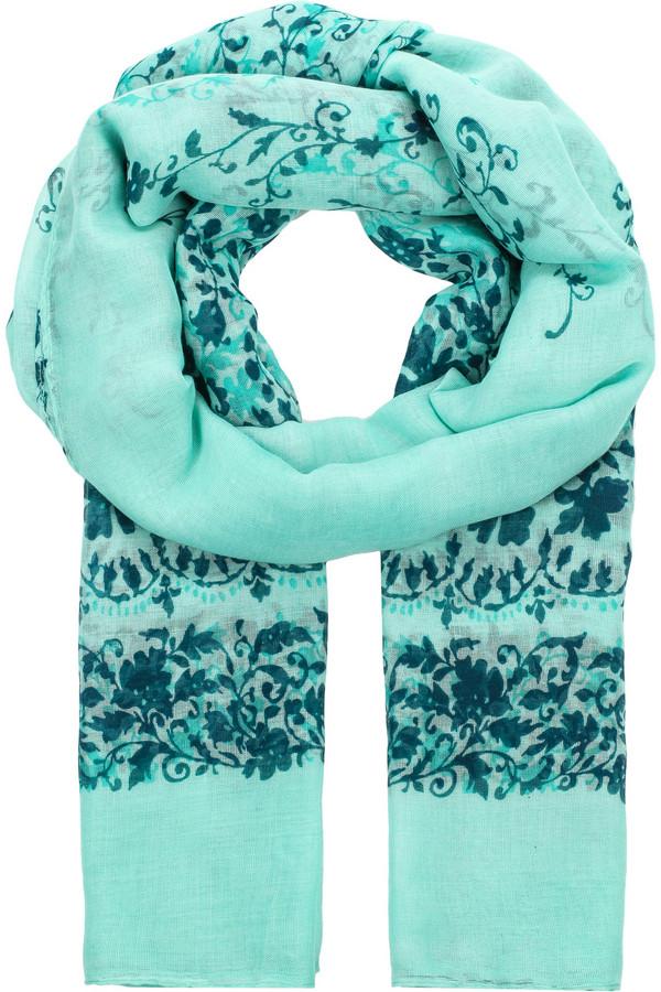 Шарф FINN FLAREШарфы<br>Легкий весенний шарф, выполненный в контрастных цветах – сочном мятном, темно-синем и бирюзовом. Такая модель станет прекрасным дополнением к пальто или курткам. Материал, использованный в производстве, износостоек и практичен.<br><br>Размер RU: один размер<br>Пол: Женский<br>Возраст: Взрослый<br>Материал: вискоза 100%<br>Цвет: Зелёный