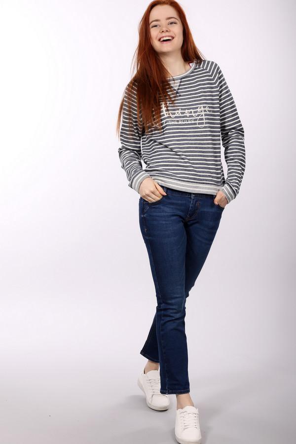 Классические джинсы s.OliverКлассические джинсы<br><br><br>Размер RU: 40<br>Пол: Женский<br>Возраст: Взрослый<br>Материал: хлопок 98%, эластан 2%<br>Цвет: Синий