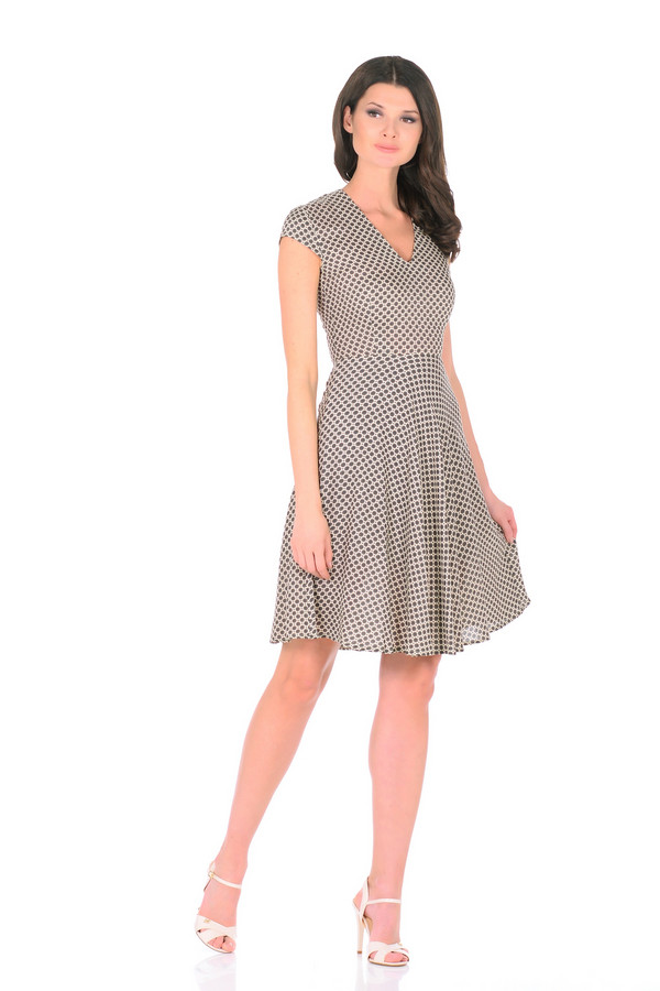 Платье XARIZMASПлатья<br><br><br>Размер RU: 48<br>Пол: Женский<br>Возраст: Взрослый<br>Материал: вискоза 100%<br>Цвет: Зелёный