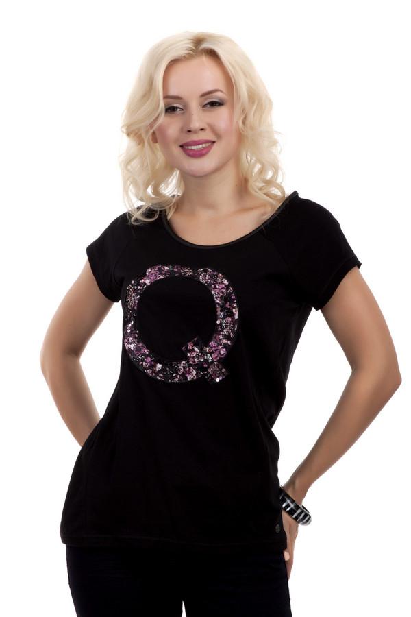 Футболка QSФутболки<br>Футболка черного цвета от бренда QS прямого кроя. Изделие дополнено: круглым вырезом и короткими рукавами. На груди изображена большая буква «Q» выполненная из темно-фиолетовой ткани с цветочным узором. Данная вставка украшена блестками и бисером нежно-розового цвета.<br><br>Размер RU: 40-42<br>Пол: Женский<br>Возраст: Взрослый<br>Материал: хлопок 100%<br>Цвет: Чёрный