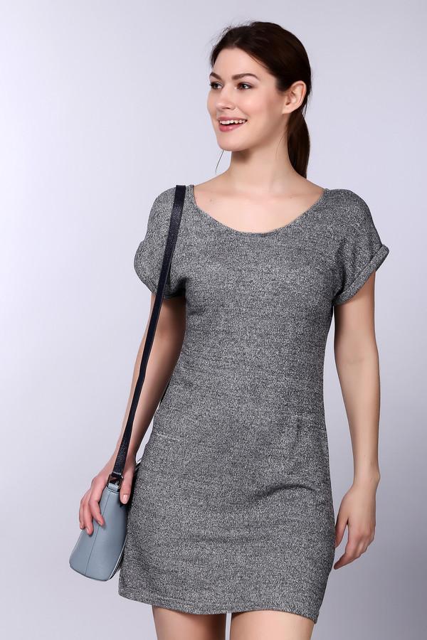 Платье Just ValeriПлатья<br><br><br>Размер RU: 46<br>Пол: Женский<br>Возраст: Взрослый<br>Материал: эластан 2%, вискоза 39%, полиэстер 56%, металл 3%<br>Цвет: Серый