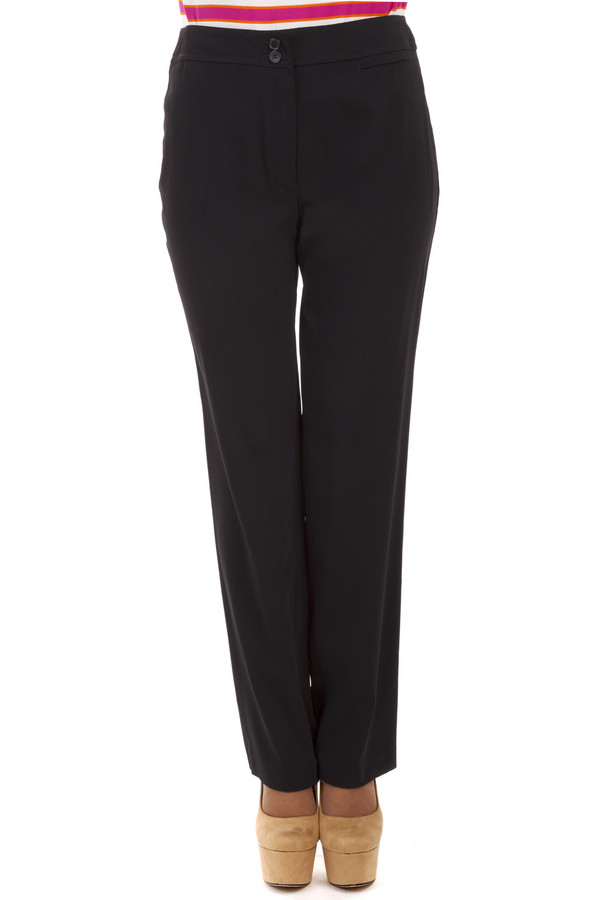 Брюки LebekБрюки<br>Чудесные прямые черные брюки должны быть в гардеробе у каждой успешной девушки, на ровне с маленьким черным платьем. Эта незаменимая вещь Вас еще не раз выручит, ведь все с этими классическими брюками будет выглядеть великолепно, от удобных лодочек до высоких каблуков. Позвольте себе насладиться себе этой покупкой и экспериментировать со своими образами бесконечно.<br><br>Размер RU: 44<br>Пол: Женский<br>Возраст: Взрослый<br>Материал: полиэстер 100%<br>Цвет: Чёрный
