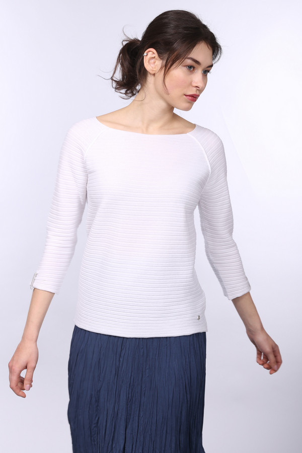 Пуловер MonariПуловеры<br><br><br>Размер RU: 42<br>Пол: Женский<br>Возраст: Взрослый<br>Материал: хлопок 50%, полиакрил 50%<br>Цвет: Белый