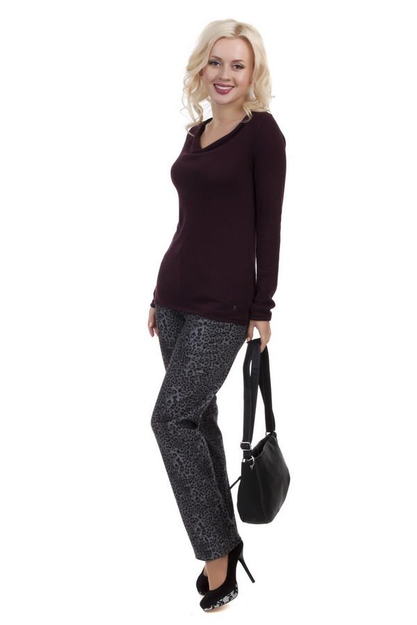 Модные джинсы GardeurМодные джинсы<br>Стильные джинсы от бренда Gardeur прямого кроя выполнены из плотной ткани серого цвета. Изделие дополнено: завышенной талией, пятью стандартными карманами и застежкой-молния с пуговицей. Джинсы декорированы леопардовым принтом.<br><br>Размер RU: 48<br>Пол: Женский<br>Возраст: Взрослый<br>Материал: эластан 3%, полиэстер 10%, хлопок 87%<br>Цвет: Серый