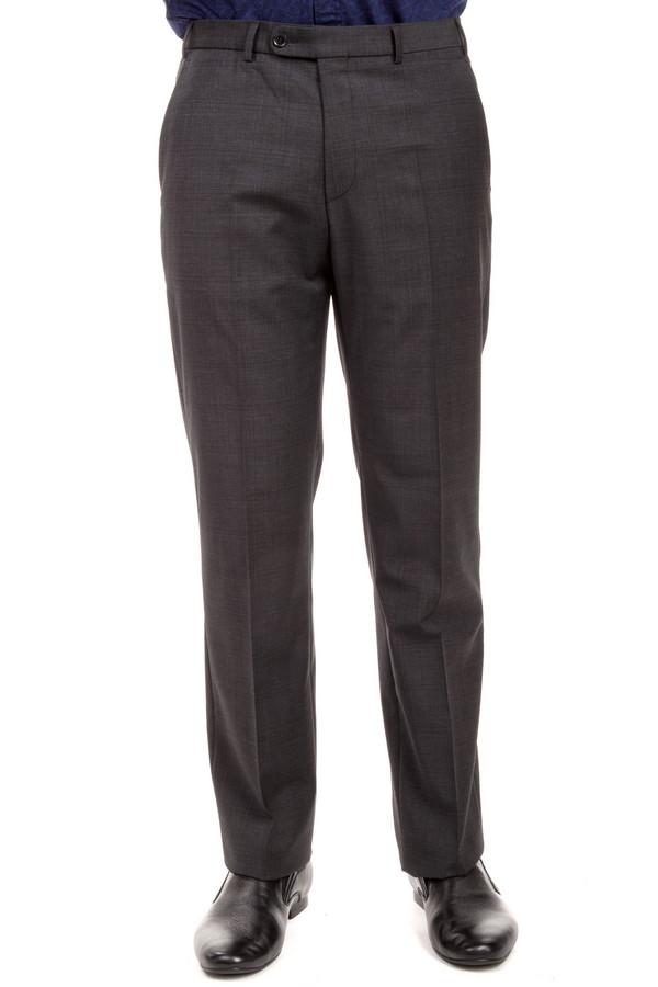 Классические брюки DigelКлассические брюки<br>Классические брюки от бренда Digel прямого кроя выполнены из плотной ткани серого цвета. Изделие дополнено: стрелками, шлевками под ремень, двумя боковыми карманами, сзади двумя прорезными карманами на пуговицах. Брюки застегиваются на молнию и фиксируются на пуговицу.<br><br>Размер RU: 56<br>Пол: Мужской<br>Возраст: Взрослый<br>Материал: эластан 4%, полиэстер 53%, шерсть 43%<br>Цвет: Серый