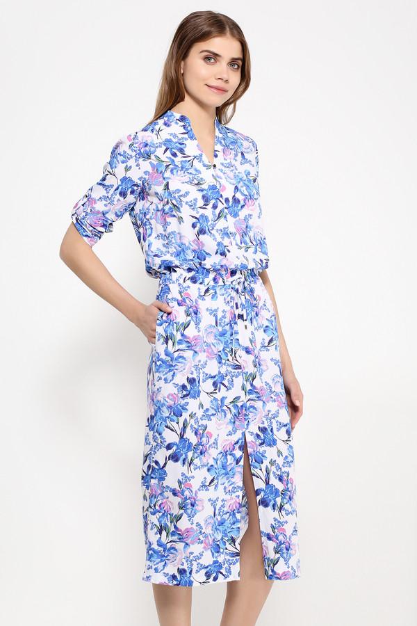 Платье FINN FLAREПлатья<br>Цветочный принт никак не хочет уходить с мировых подиумов, видоизменяясь и совершенствуясь. Эта модель миди-длины и с разрезом посередине юбки представляет собой оригинальный летний наряд. Талию можно регулировать с помощью шнурка. Приятный V-образный вырез и рукава длиной ? делают это платье оптимальным вариантом для любого летнего выхода – как на прогулку, так и на коктейльную вечеринку у друзей. Выполнена модель из лёгкой и приятной на ощупь вискозы.<br><br>Размер RU: 52<br>Пол: Женский<br>Возраст: Взрослый<br>Материал: вискоза 100%<br>Цвет: Разноцветный