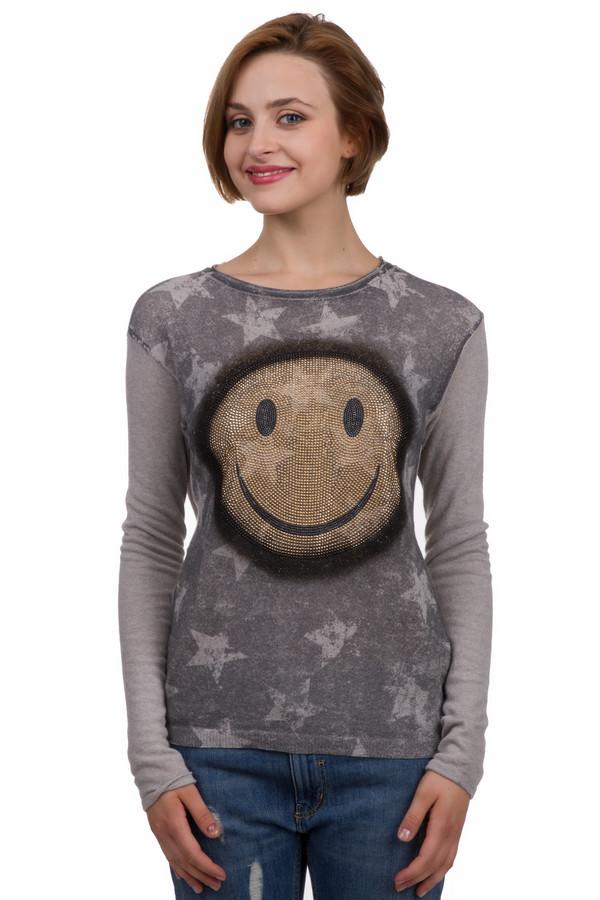 Пуловер PassportПуловеры<br>Модный женский пуловер от бренда Passport. Это пуловер в стиле гранж, представленный в серых оттенках. Передняя часть изделия затемненная с узорами фигур в форме звезд, а задняя чистая, слегка удлиненная. Изделие дополнено: круглым вырезом, длинным рукавом и разноцветными стразами в форме смайла на груди.<br><br>Размер RU: 40/42<br>Пол: Женский<br>Возраст: Взрослый<br>Материал: кашемир 5%, полиамид 25%, шерсть 25%, вискоза 40%, мохер 5%<br>Цвет: Серый