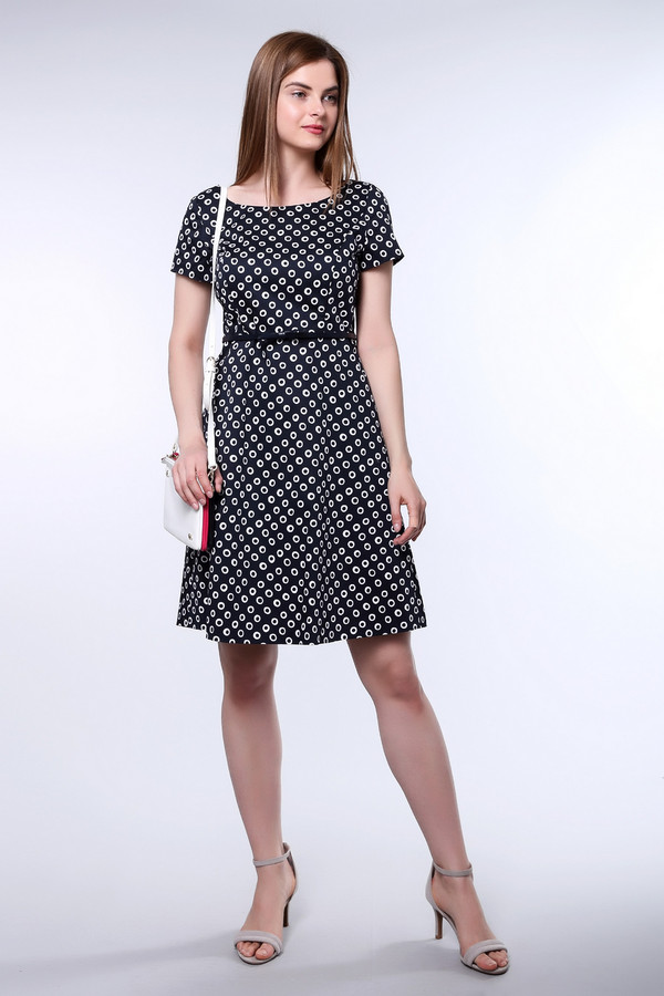 Платье TaifunПлатья<br><br><br>Размер RU: 42<br>Пол: Женский<br>Возраст: Взрослый<br>Материал: эластан 3%, хлопок 97%<br>Цвет: Белый