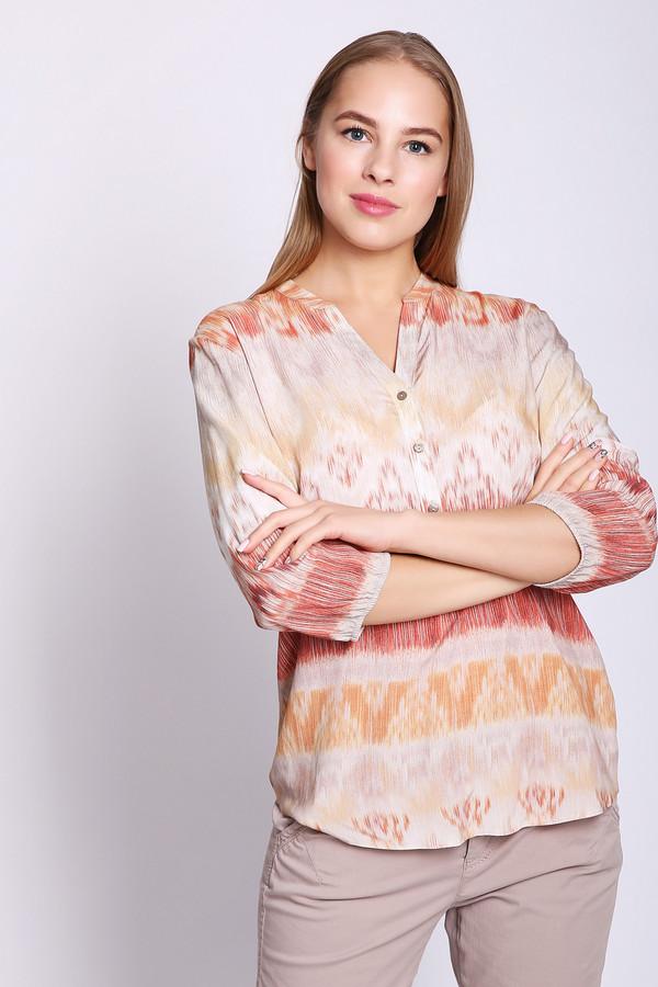 Блузa Gerry WeberБлузы<br>Блуза серого цвета фирмы Gerry Weber. Ткань состоит из 100% вискозы. Модель выполнена прямым покроем. Блуза дополнена круглым воротом с V - разрезом, застёжка на пуговицы, втачными рукавами 3/4 длинны. Изделие имеет разноцветный принт. Подшита модель полукругом. Такая блуза не сковывает движения. Можно одеть с брюками и юбками в теплое время года.