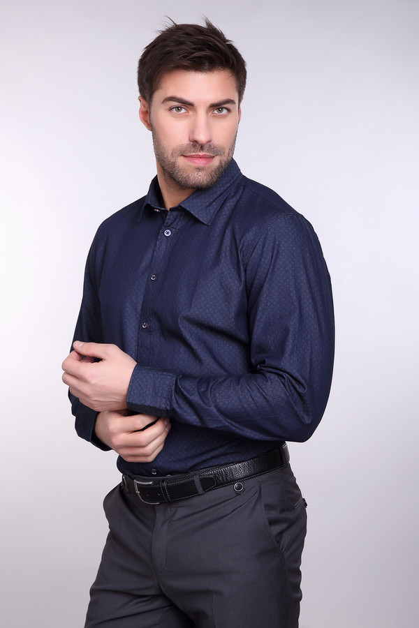 Рубашка Daniel HechterРубашки и сорочки<br><br><br>Размер RU: 52-54<br>Пол: Мужской<br>Возраст: Взрослый<br>Материал: хлопок 100%<br>Цвет: Синий