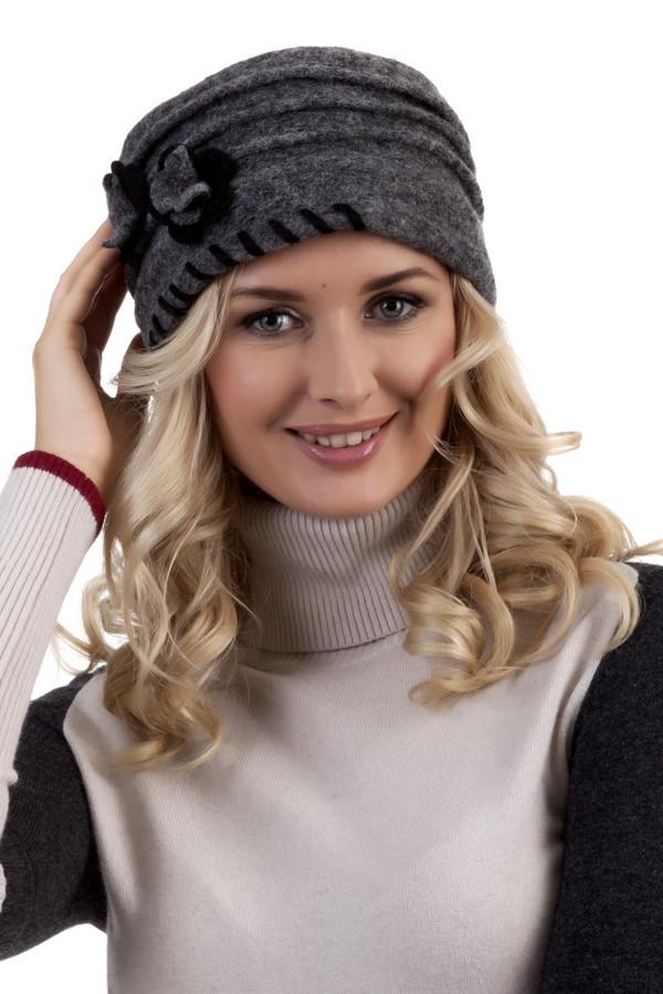 Шляпа WegenerШляпы<br>Шляпа Wegener классического серого цвета. Изделие дополнено декором в виде цветков. Подкладка из флиса.<br><br>Размер RU: один размер<br>Пол: Женский<br>Возраст: Взрослый<br>Материал: шерсть 80%, полиэстер 20%<br>Цвет: Серый