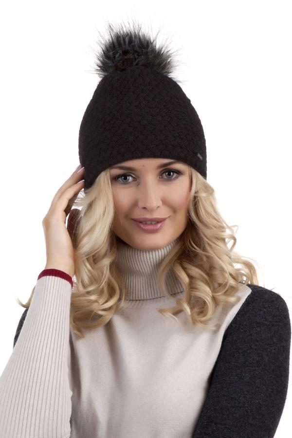 Шапка WegenerШапки<br>Женственная черная шапка Wegener c помпоном из искусственного меха. Изделие с фактурным узором.<br><br>Размер RU: один размер<br>Пол: Женский<br>Возраст: Взрослый<br>Материал: шерсть 30%, полиамид 70%<br>Цвет: Чёрный