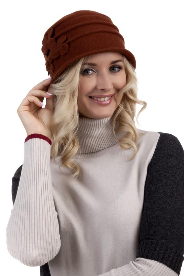Шляпа SeebergerШляпы<br>Романтичная шляпа Seeberger из натуральной шерсти. Изделие дополнено декором в виде цветков в цвет и горизонтальными декоративными складками. Без подкладки.<br><br>Размер RU: один размер<br>Пол: Женский<br>Возраст: Взрослый<br>Материал: шерсть 100%<br>Цвет: Бордовый