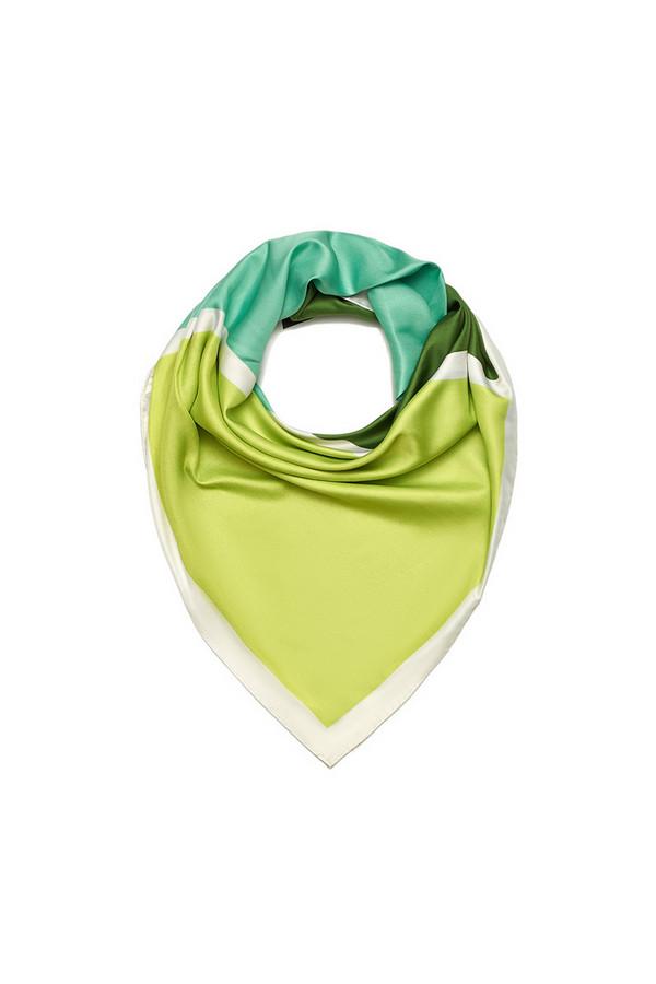 Платок SabellinoПлатки<br><br><br>Размер RU: 90 x 90<br>Пол: Женский<br>Возраст: Взрослый<br>Материал: полиэстер 100%<br>Цвет: Зелёный