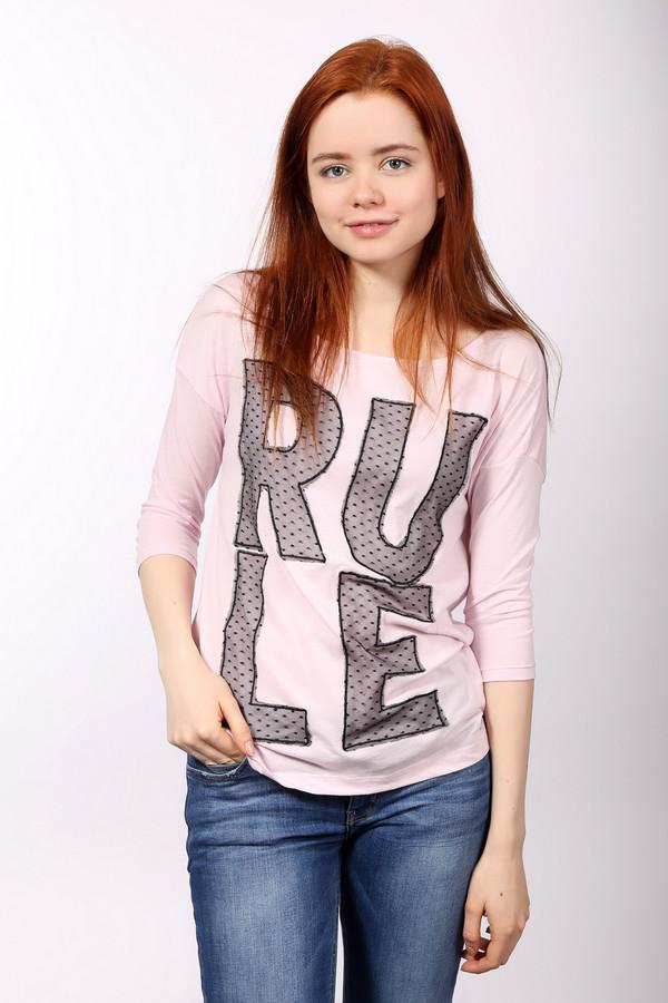 Футболка QSФутболки<br>Футболка QS розового цвета изготовлена из хлопка с добавлением полиэстера. Изделие дополнено: круглым вырезом и рукавами 3/4. Главным украшением футболки является надпись «RULE». Буквы изготовлены из тончайшего кружева и пришиты к ткани футболки. Яркий дизайн позволяет носить футболку каждый день.<br><br>Размер RU: 38-40<br>Пол: Женский<br>Возраст: Взрослый<br>Материал: полиэстер 35%, хлопок 65%<br>Цвет: Розовый