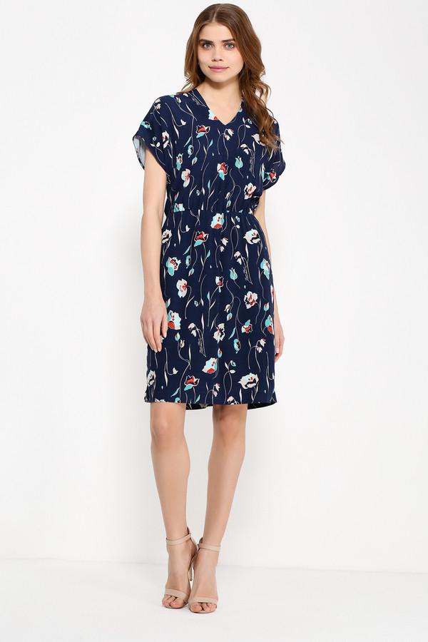 Платье FINN FLAREПлатья<br>Изысканное платье, украшенное бирюзово-оранжевыми цветами на тёмно-синем фоне, - отличный выбор для летнего образа. Слегка приталенное, оно создано для нарядного выхода в свет – достаточно дополнить look подходящими аксессуарами и лодочками. Застёгивается на молнию на спинке. Аккуратный нерезкий V-образный вырез гармонично смотрится с длиной платья и короткими рукавами. Выполнена модель из лёгкой, но то же время прочной вискозы.<br><br>Размер RU: 44<br>Пол: Женский<br>Возраст: Взрослый<br>Материал: вискоза 100%<br>Цвет: Синий