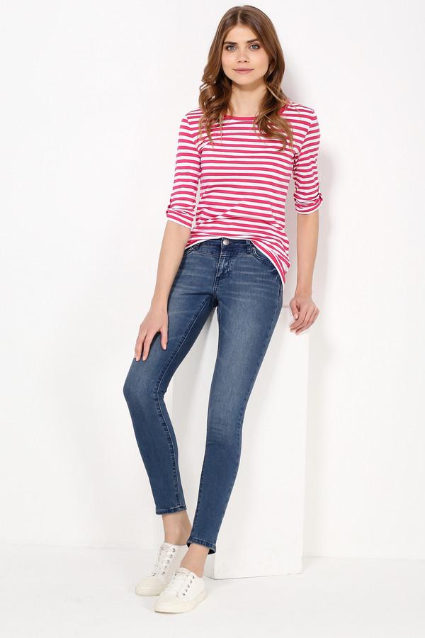 Футболка FINN FLAREФутболки<br>Полосатые топы летом уже стали классическим выбором. Дело все в том, что такая модель – компромисс между комфортом и стилем. Чуть приталенная и с регулируемыми рукавами, эта фуфайка будет гармонично смотреться с джинсами, брюками, юбками и шортами в стиле casual. Выполнена из качественного и износостойкого хлопка.<br><br>Размер RU: 42<br>Пол: Женский<br>Возраст: Взрослый<br>Материал: хлопок 100%<br>Цвет: Разноцветный