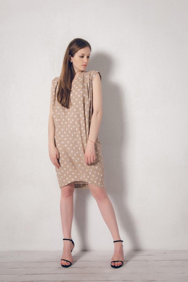 Платье MARUSЯПлатья<br><br><br>Размер RU: 46<br>Пол: Женский<br>Возраст: Взрослый<br>Материал: лен 100%<br>Цвет: Бежевый