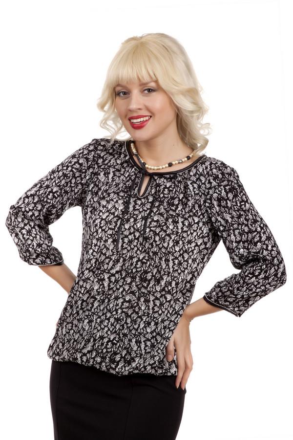 Блузa Tom TailorБлузы<br>Черно-белая блуза бренда Tom Tailor прямого кроя. Изделие дополнено: круглым вырезом с завязками и рукавами 3/4. Ворот и манжеты оформлены серебряной фурнитурой. Блуза декорирована стильным кружевным принтом.<br><br>Размер RU: 46<br>Пол: Женский<br>Возраст: Взрослый<br>Материал: вискоза 100%<br>Цвет: Разноцветный