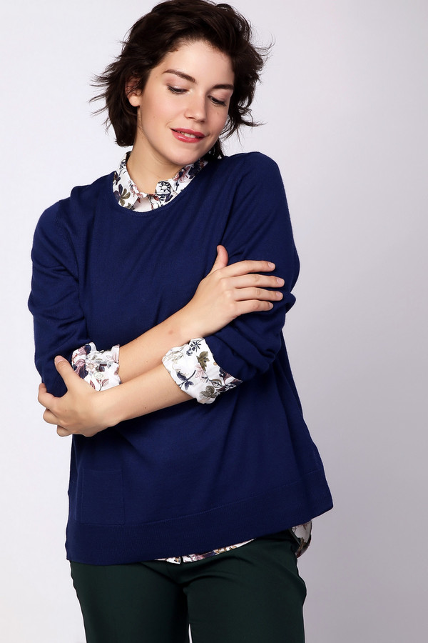 Пуловер PezzoПуловеры<br><br><br>Размер RU: 50<br>Пол: Женский<br>Возраст: Взрослый<br>Материал: шерсть 50%, полиакрил 50%<br>Цвет: Синий