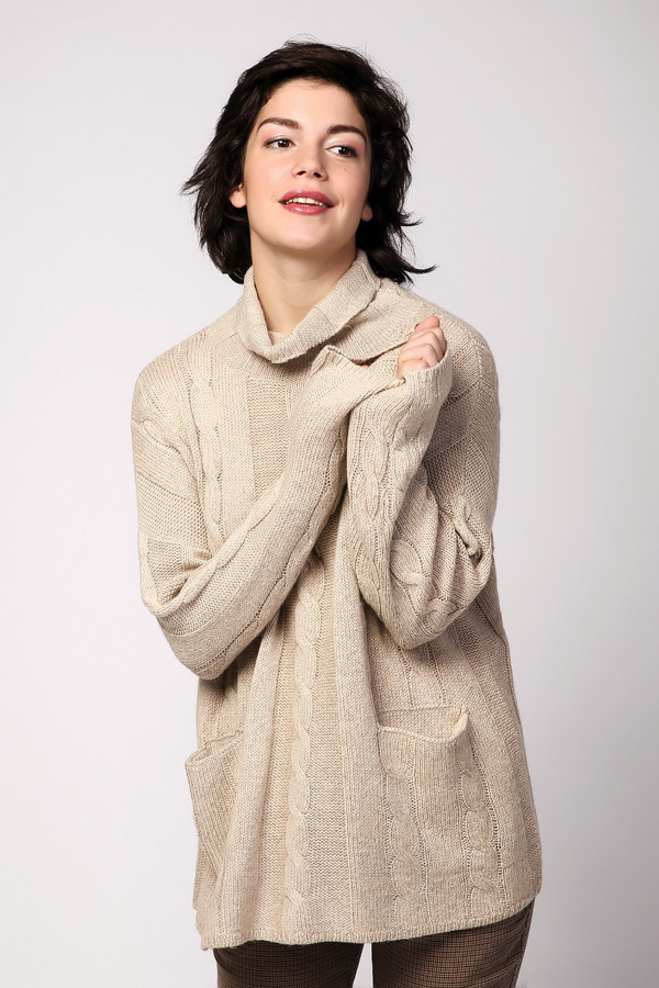 Пуловер PezzoПуловеры<br><br><br>Размер RU: 50<br>Пол: Женский<br>Возраст: Взрослый<br>Материал: акрил 44%, вискоза 26%, шерсть 18%, нейлон 12%<br>Цвет: Бежевый
