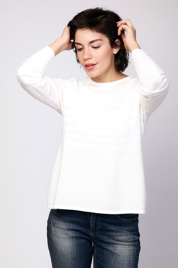 Пуловер PezzoПуловеры<br><br><br>Размер RU: 46<br>Пол: Женский<br>Возраст: Взрослый<br>Материал: полиэстер 22%, вискоза 78%<br>Цвет: Белый