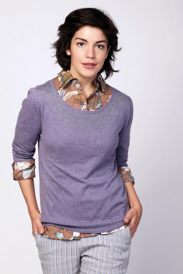Пуловер PezzoПуловеры<br>Пуловер женский сиреневого цвета фирмы Pezzo. Модель выполнена прямым фасоном. Изделие дополнено округлым воротом, втачными , длинными рукавами. Ткань состоит из 30% полиэстера, 20% полиамида, 5% шерсти, 40% район, 5% ангоры. Комбинировать можно с различными брюками.