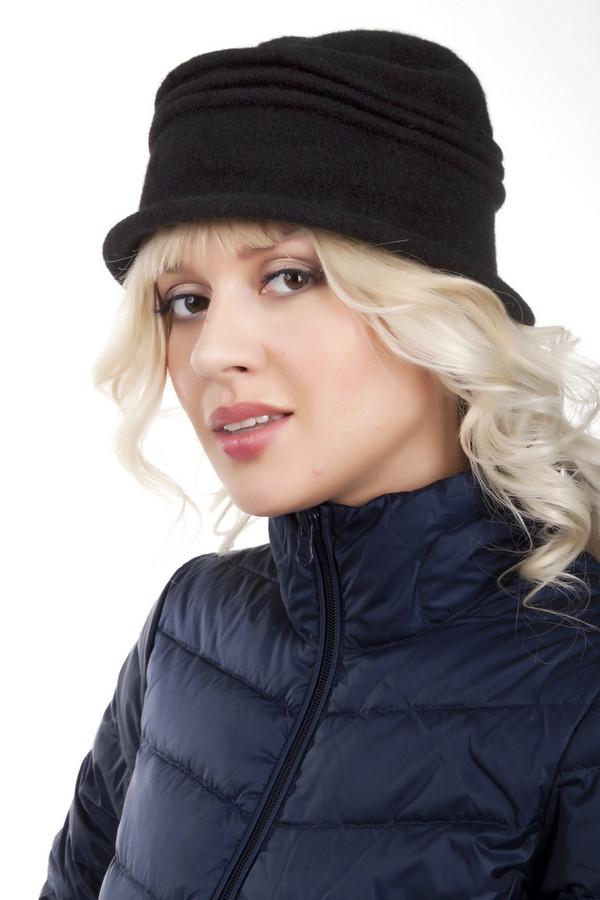 Шляпа SeebergerШляпы<br>Черная шляпа Seeberger из натуральной шерсти. Изделие дополнено декоративными складками. Без подкладки.<br><br>Размер RU: один размер<br>Пол: Женский<br>Возраст: Взрослый<br>Материал: шерсть 100%<br>Цвет: Чёрный