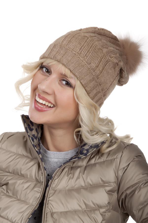 Шапка SeebergerШапки<br>Женская бежевая шапка Seeberger c меховым помпоном. Изделие с фактурным узором дополнено широким отворотом.<br><br>Размер RU: один размер<br>Пол: Женский<br>Возраст: Взрослый<br>Материал: шерсть 30%, полиакрил 70%<br>Цвет: Бежевый