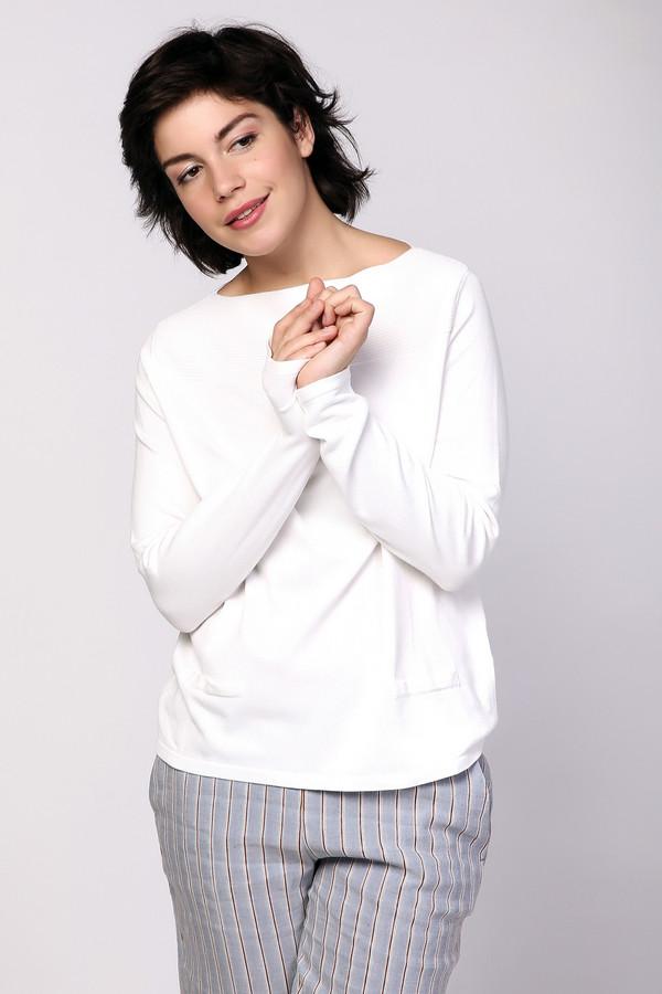 Пуловер PezzoПуловеры<br><br><br>Размер RU: 48<br>Пол: Женский<br>Возраст: Взрослый<br>Материал: полиамид 32%, вискоза 68%<br>Цвет: Белый
