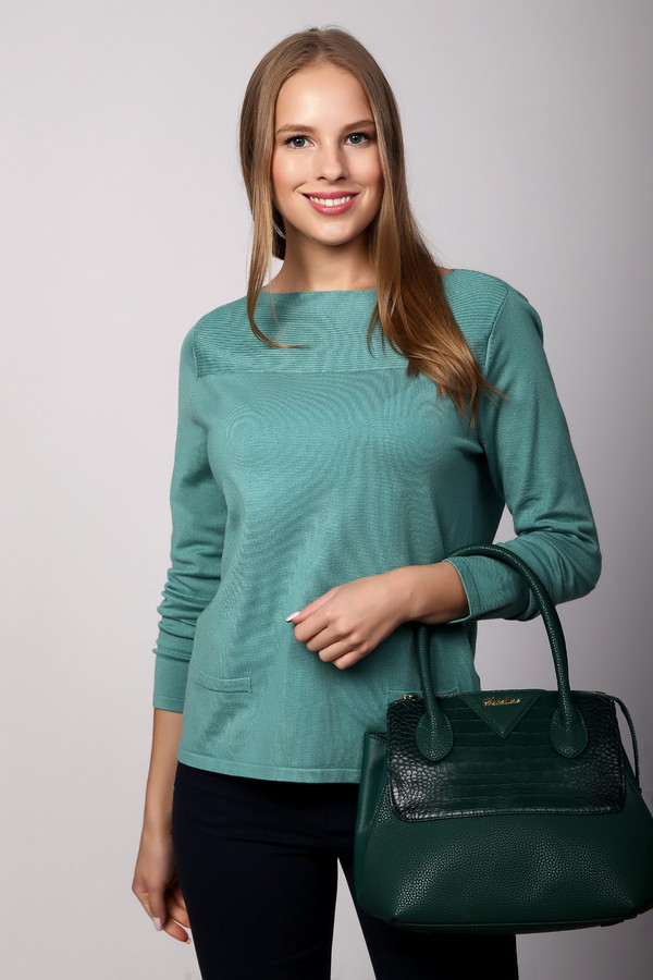 Пуловер PezzoПуловеры<br><br><br>Размер RU: 44<br>Пол: Женский<br>Возраст: Взрослый<br>Материал: полиамид 32%, вискоза 68%<br>Цвет: Зелёный