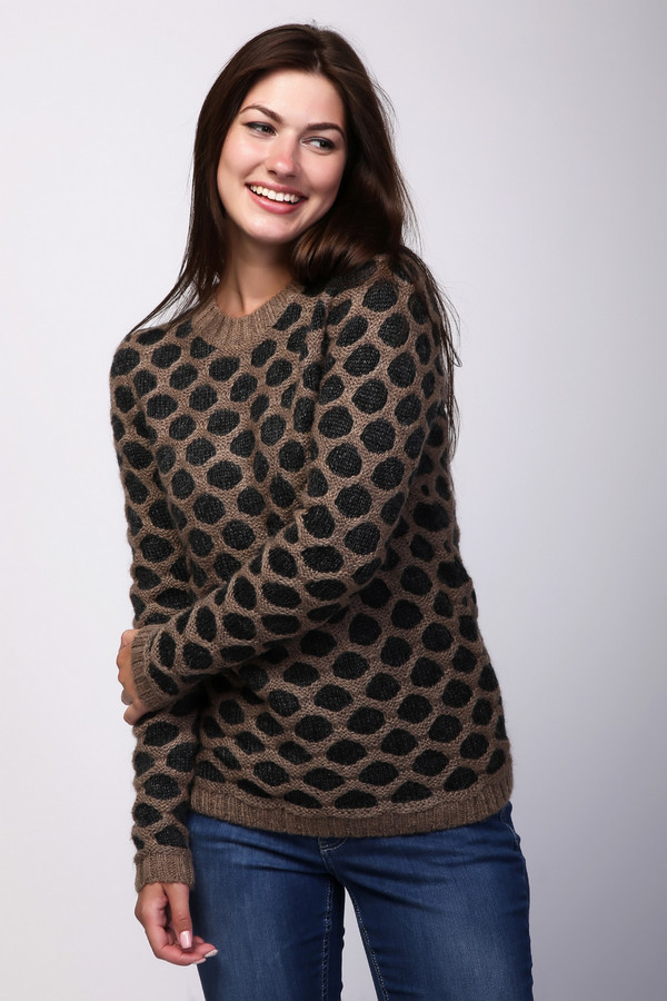 Пуловер PezzoПуловеры<br><br><br>Размер RU: 48<br>Пол: Женский<br>Возраст: Взрослый<br>Материал: мохер 15%, акрил 55%, нейлон 30%<br>Цвет: Разноцветный