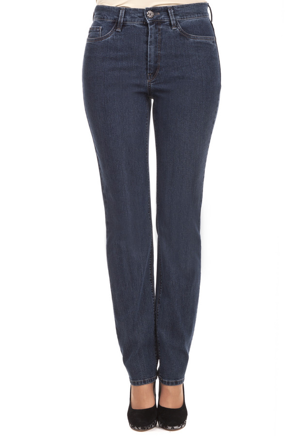 Классические джинсы GardeurКлассические джинсы<br>Женские джинсы от бренда Gardeur прямого кроя выполнены из денима темно-синего цвета. Изделие дополнено: поясом с шлевками для ремня, пятью стандартными карманами и застежкой молния с пуговицей.<br><br>Размер RU: 50K<br>Пол: Женский<br>Возраст: Взрослый<br>Материал: эластан 2%, полиэстер 10%, хлопок 88%<br>Цвет: Синий