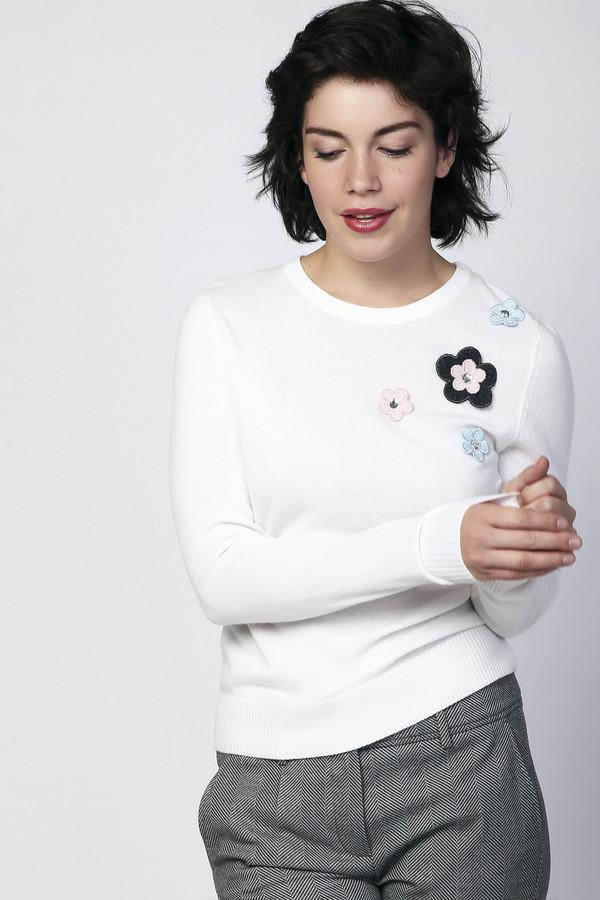 Пуловер PezzoПуловеры<br><br><br>Размер RU: 52<br>Пол: Женский<br>Возраст: Взрослый<br>Материал: вискоза 33%, полиамид 23%, шерсть 20%, хлопок 20%, кашемир 4%<br>Цвет: Белый