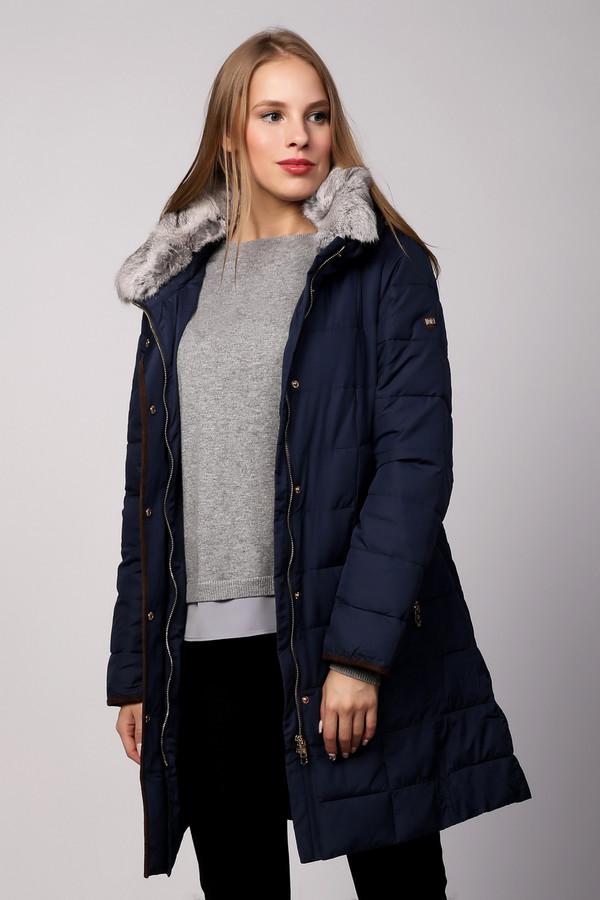 Пальто PezzoПальто<br>Теплое полупальто от бренда Pezzo темно-синего оттенка. Данная модель предназначена для холодного периода. Куртка средней длины. Изделие дополнено: меховым отстегивающимся воротником, длинными рукавами и двумя боковыми карманами с застежкой-молния. В вороте куртки в скрытом кармане на молнии расположен складывающийся капюшон. Центральная часть застегивается на молнию с ветрозащитой на кнопках.<br><br>Размер RU: 48<br>Пол: Женский<br>Возраст: Взрослый<br>Материал: полиэстер 100%, кролик 100%, Состав_подкладка полиэстер 100%, Состав_наполнитель полиэстер 100%<br>Цвет: Синий