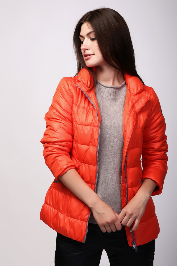 Куртка PezzoКуртки<br><br><br>Размер RU: 50<br>Пол: Женский<br>Возраст: Взрослый<br>Материал: полиэстер 100%, Состав_подкладка полиэстер 100%, Состав_наполнитель полиэстер 100%<br>Цвет: Оранжевый